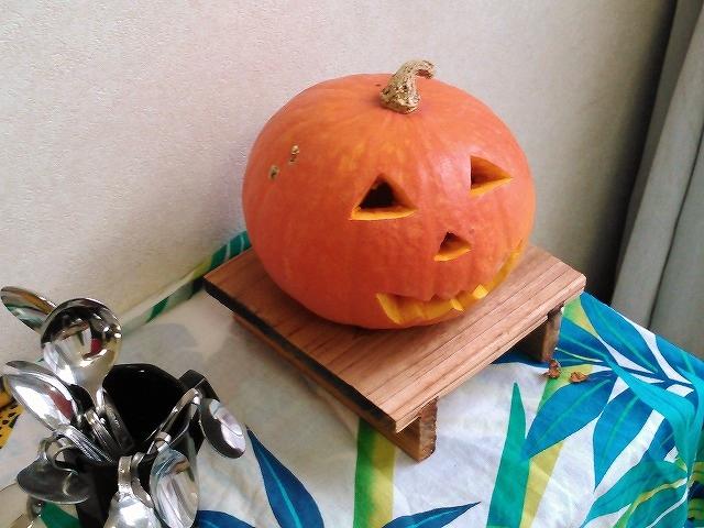 ハロウィンかぼちゃ気功整体あなん飾りました