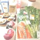毎回各所に足を運び新鮮な有機野菜を取り揃えています