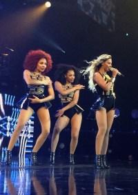 Beyonce-MrsCarter2014-Glasgow14