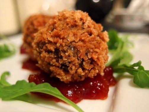 Haggis-Bon-Bons-with-Chilli-and-Garlic-Jam