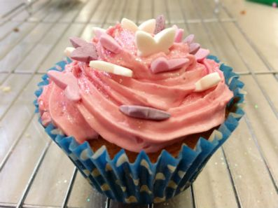 Currys in the Kitchen- Decorated Cupcake