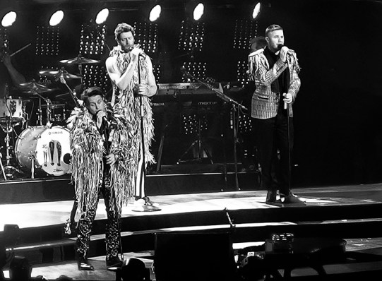 Take That Glasgow 2nd May 2015- Costumes