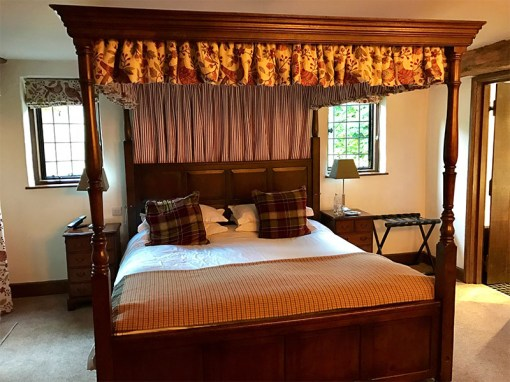 Old Swan and Minster Mill Hotel- Windrush Room