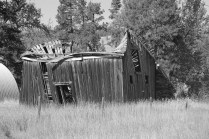 09 10 10 - Old barn at Old Kettle bridge