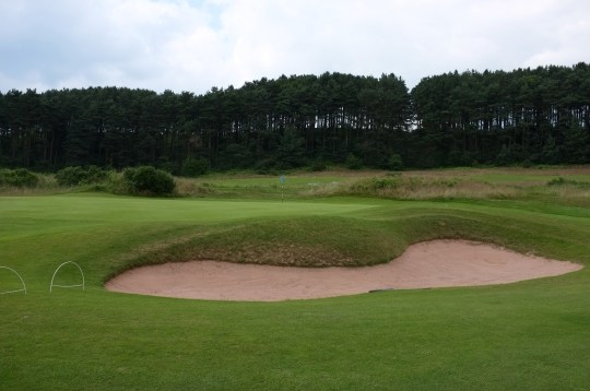 The view of the 4th green from the right-hand side.