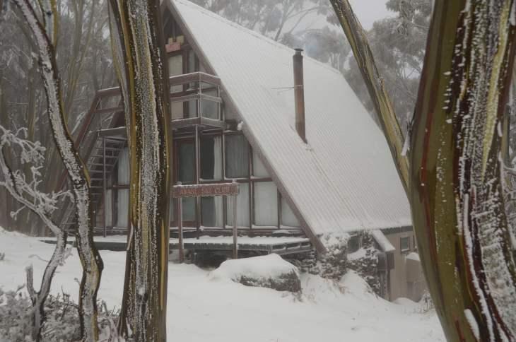 ANARE Ski Lodge from road.
