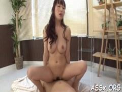 地味カワ巨乳娘が濃厚ナマ挿入で肛門に中出ししてるアナル動画無料