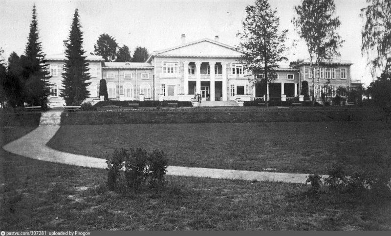 Дом Банзы, усадьба Виноградово