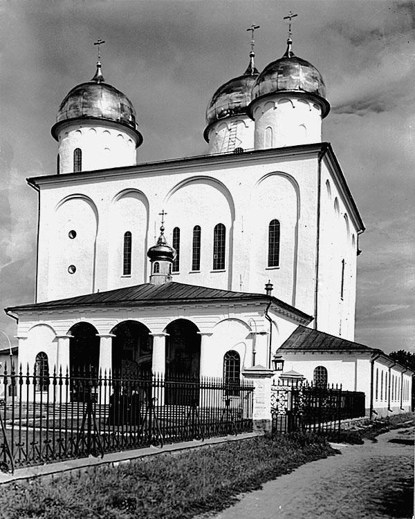 Георгиевский собор в начале XX века, Юрьев монастырь, Великий Новгород