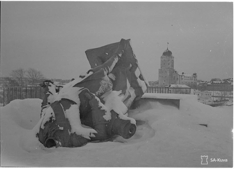 Многострадальный памятник Петру I, Выборг