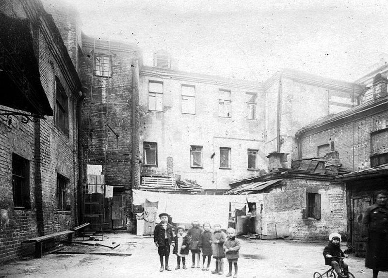 Елецкий переулок, дом №5. Двор. Фото 1930-1940 годов