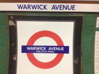 Essa é a Warwick Avenue, que dá acesso à Little Venice