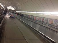 A escada rolante mais longa do Underground, também em Angel
