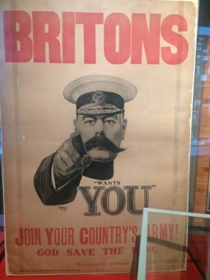 Cartaz de convocação para a guerra.
