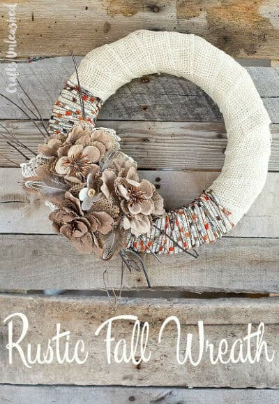 Get some inspiration from these DIY Rustic Decor Ideas for Fall and make your home beautiful for Thanksgiving with rustic centerpieces, wreaths, fall mantels for Farmhouse decor style. #diy #fall #homedecor #thanksgiving #rustic #rusticdecor #farmhouse #farmhousestyle #farmhousedecor