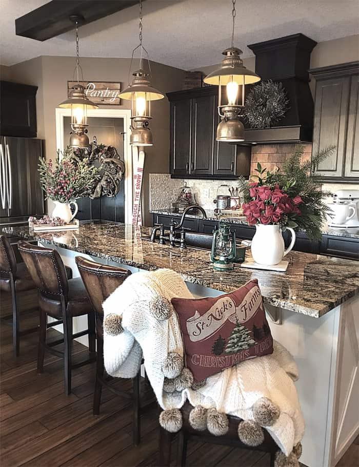farmhouse kitchen ideas on a budget rustic kitchen decor. Black Bedroom Furniture Sets. Home Design Ideas
