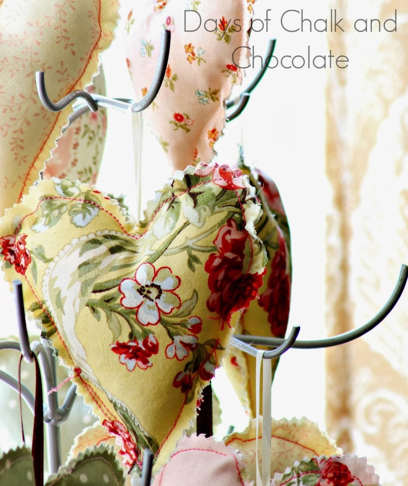 http://daysofchalkandchocolate.blogspot.com/2014/01/bust-your-stash-scrap-fabric-hearts.html