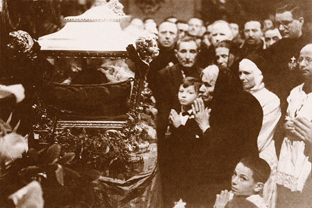 Assunta Goretti, the mother at canonisation