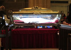 Major_Relics_of_St._Maria_Goretti_in_St._Joseph_Cathedral_(Columbus,_Ohio)