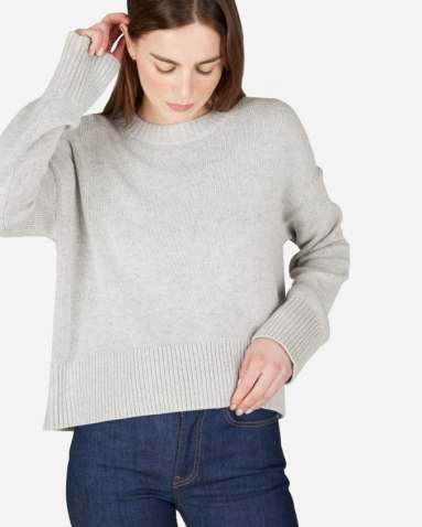 Everlane sustainable, ethical clothing