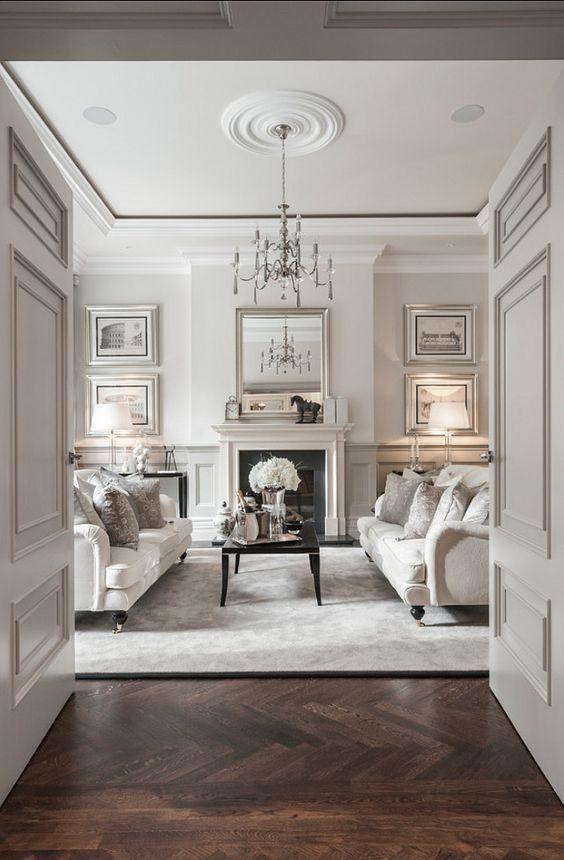 Decoración de interiores de estilo clásico renovado ambiente de tonos claros y materiales cálidos