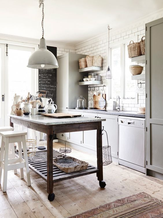 decoracin de interiores de estilo farmhouse aplicado en una cocina de tonos neutros