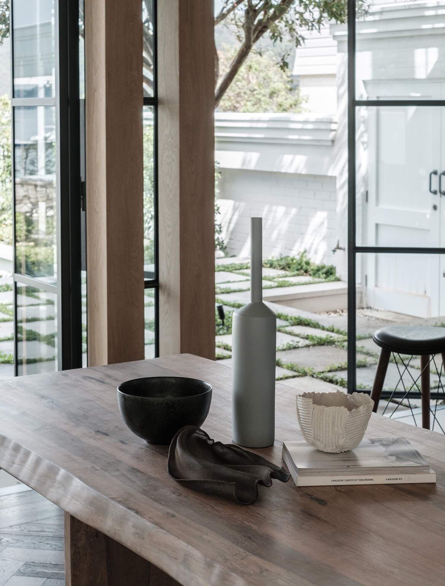 Mobiliario a medida de estilo rústico minimalista