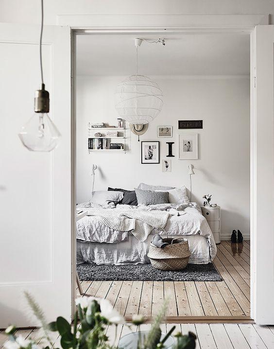 Dormitorio de estilo nórdico y tonos claros