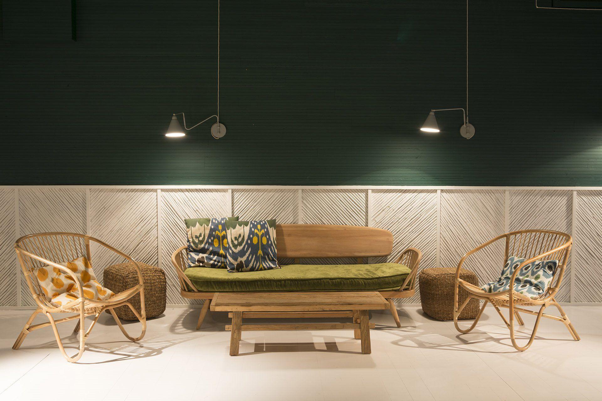 Interiorismo de estilo Boho y tropical en el restaurante de Formentera MariCastaña