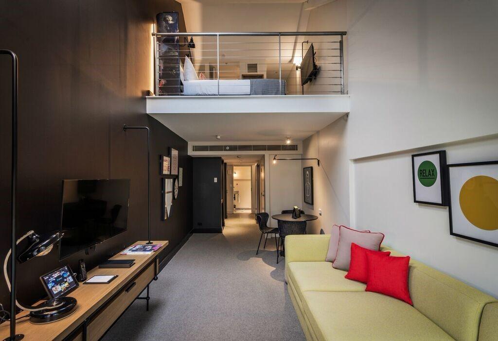 Habitación de estilo nórdico urbano del hotel OVOLO HOTELS WOOLLOOMOOLOO @Utrillanais