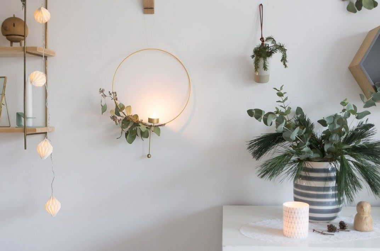 Adorno diy de Navidad para la pared a través de ramas naturales @Utrillanais