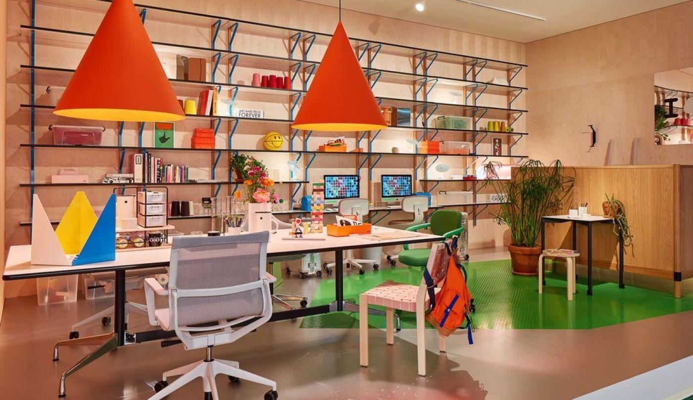 Espacio de oficina diseño de Vitra en el salón del mueble de Milán 2019, tendencias en diseño e interiorismo 2020, estilo maximalista @Utrillanais