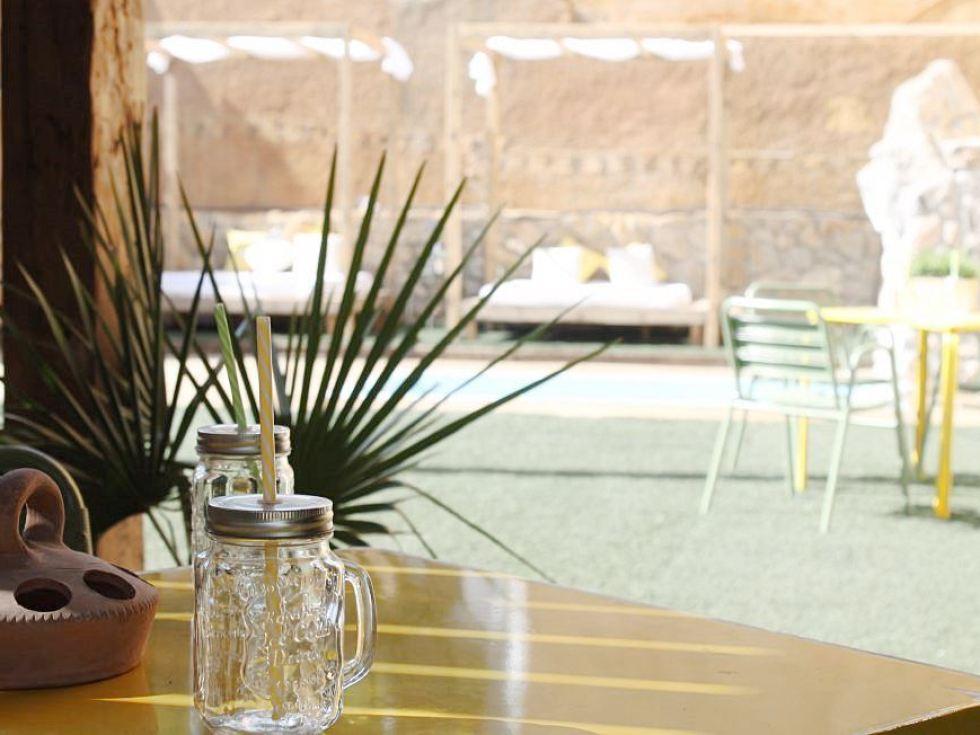 Jardín con piscina #Slowtravel #Slowinteriordesign #AnaUtrillainteriorismo @Utrillanais