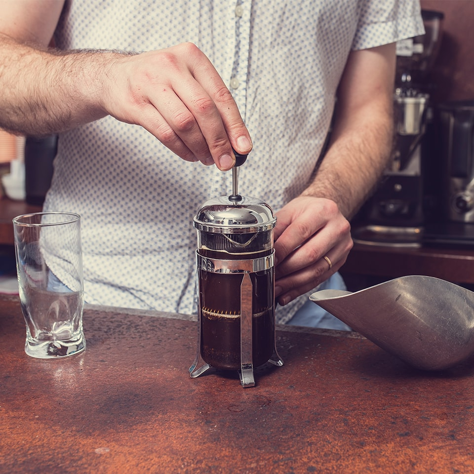 Anbassa-artisan-torrefacteur-preparer-son-cafe-cafetiere-a-piston-slide-6-3