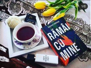 Rămâi cu mine - Ayọ̀bámi Adébáyọ̀