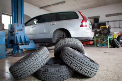 A&C Auto Center Tire Change