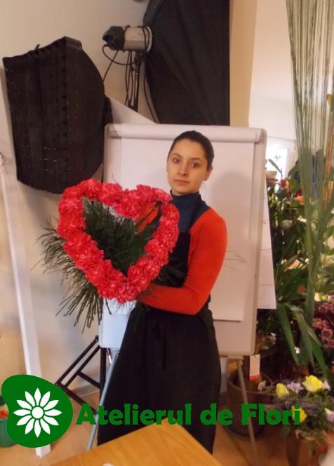 Roxana si inima de flori