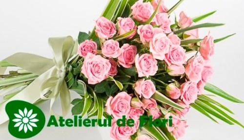 Buchet flori 8 martie 2013