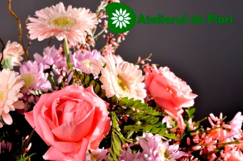 Cos cu flori roz 3