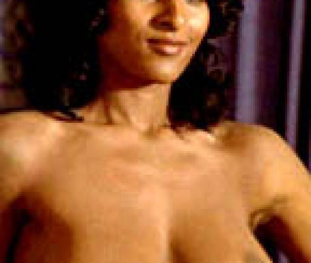 Pam Grier Nude