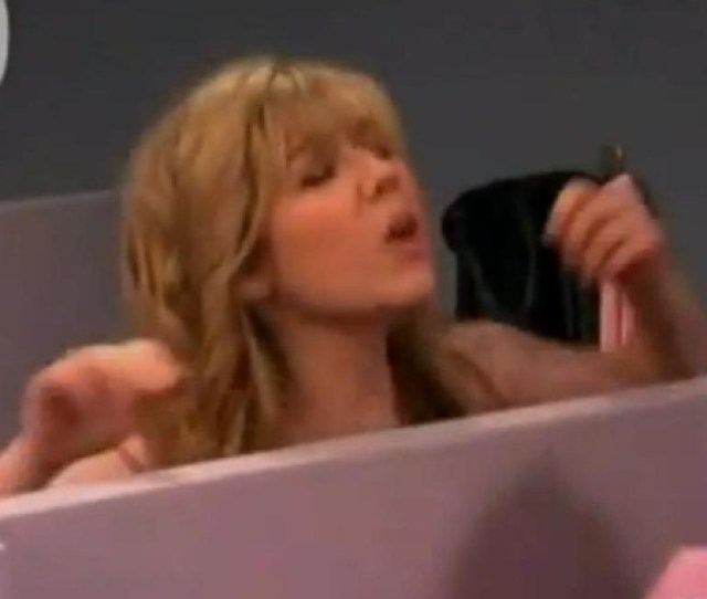 Naked Jennette Mccurdy In Icarly 49 50