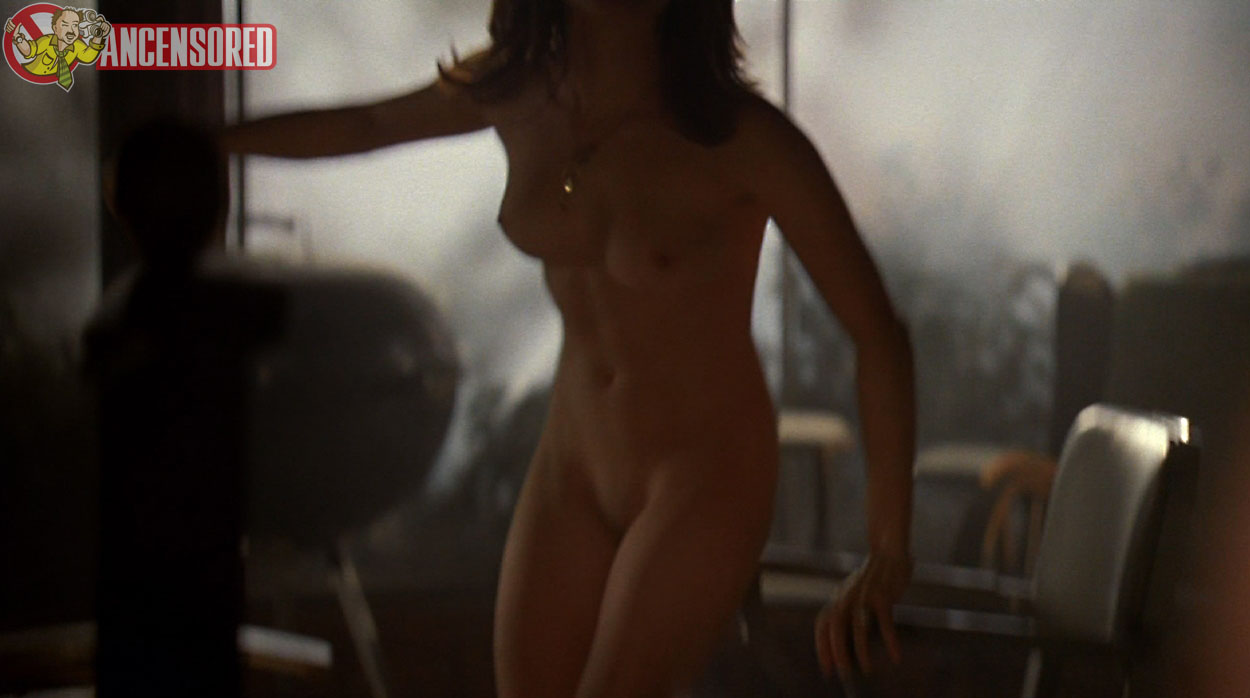 Mozhan marnò nude