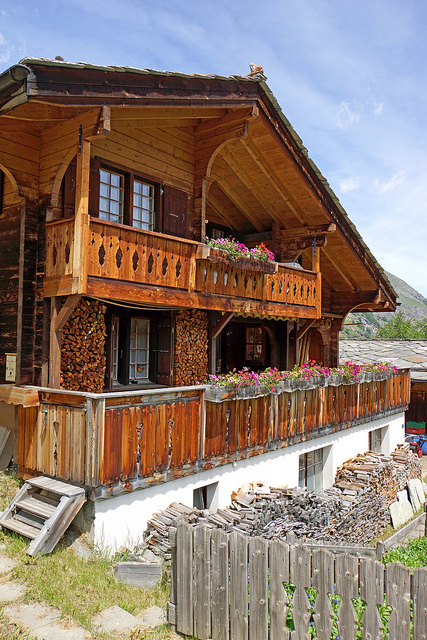 Swiss chalet, photo by Dennis Jarvis from flickr.com, used with Creative Commons license.