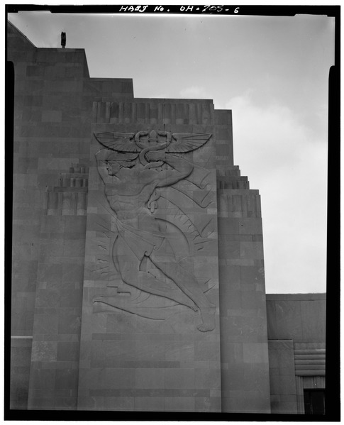 Maxfield Keck was commissioned to make bas-relief carvings for the front of the building.