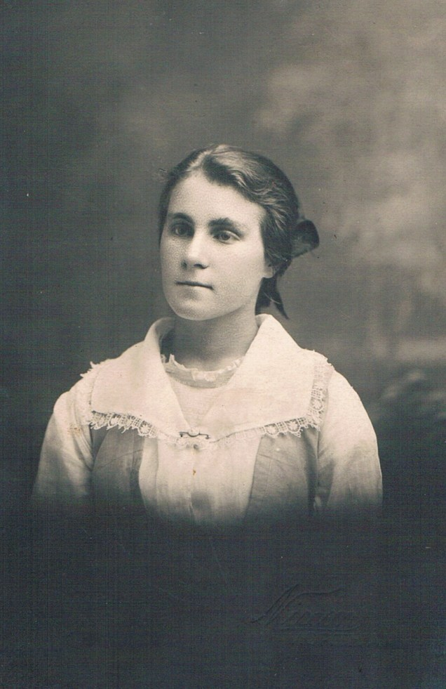 Grace Esther Wallace