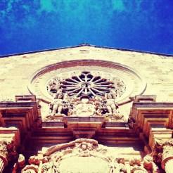 La facciata della Cattedrale Santa Annunziata