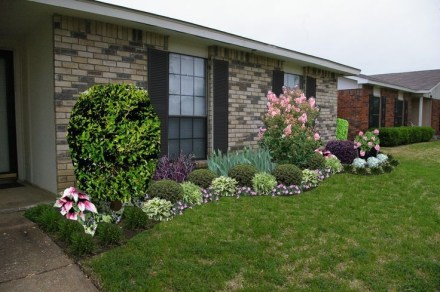 Amazing Front Yard Design Ideas that Makes You Never Want to Leave 32