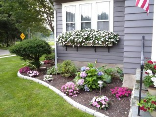 Beautiful Flower Garden for Your Front Yard 07