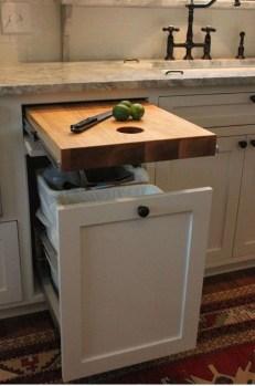 Best DIY Farmhouse Kitchen Decorating Ideas 01