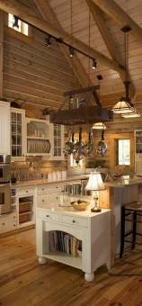 Best DIY Farmhouse Kitchen Decorating Ideas 05